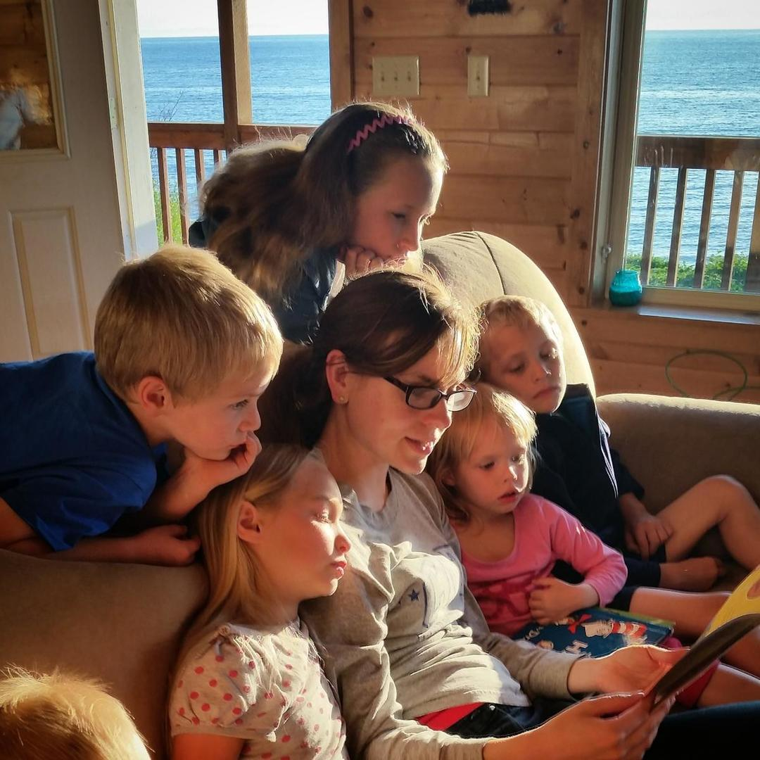 Factors Endorsing Home Schooling For Young Students
