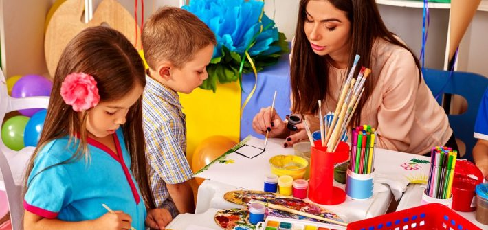 Find a Top-Rated Play School For The Tremendous Growth Of Your Kid